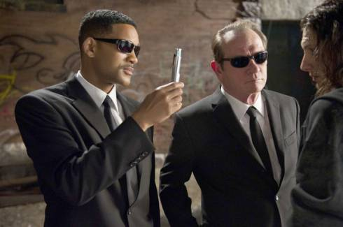 photo sur l'actu Men in Black 3 : Will Smith et Tommy Lee Jones tournent en rond tout comme le scénario