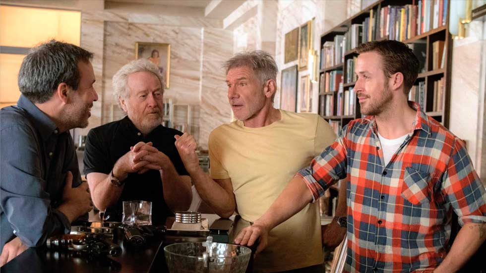 De gauche &agrave; droite : <strong>Denis Villeneuve</strong>, <strong>Ridley Scott</strong>, <strong>Harrison Ford</strong> et <strong>Ryan Gosling</strong>